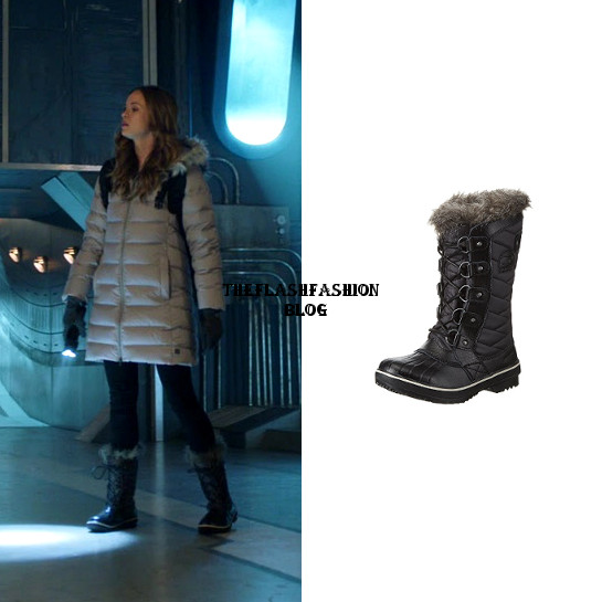 the flash 5x06 caitlin boots.jpg
