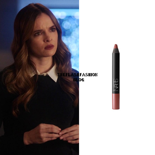 the flash 5x16 caitlin lipstick